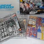 03-psvita-gundam-breaker-starter-kit